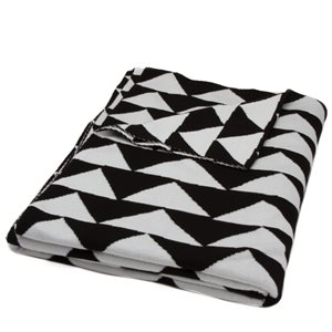 BLACK WHITE TRIANGLE THROW BY MODA - MIN. 1